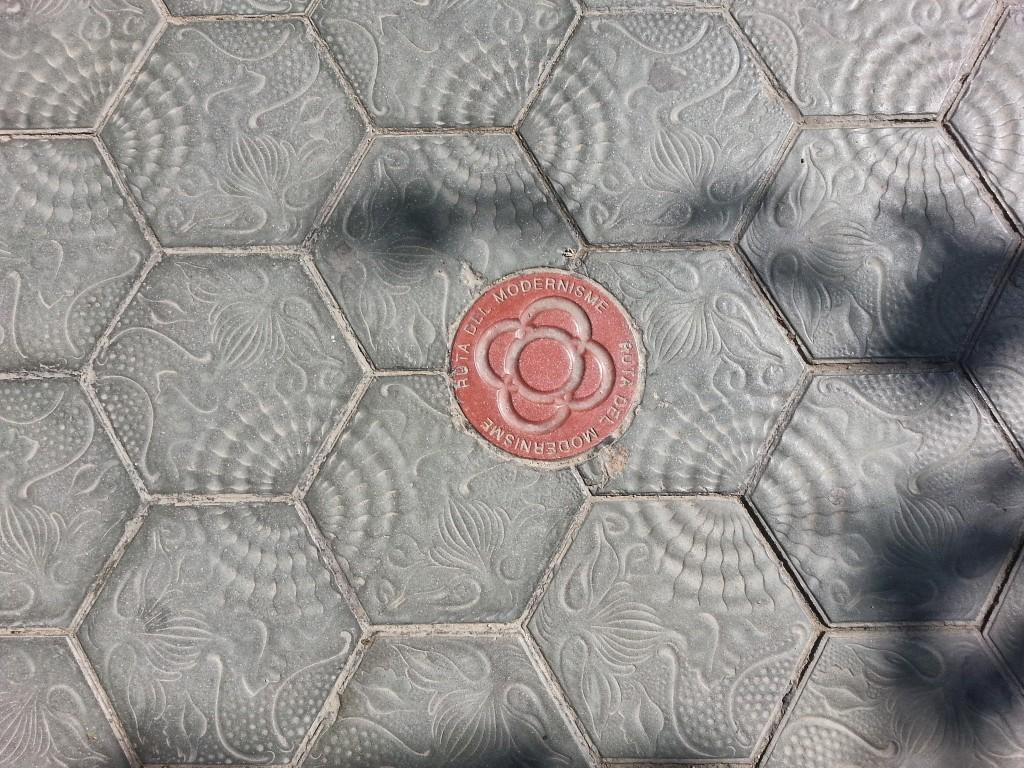 Títol: Barcelona és geomètrica Autor: Marta Martínez Herrero Categoria: Primària Any: 2014 (accèssit) Centre: Escola MM. Concepcionistes (Barcelona)