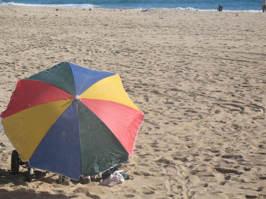 Títol: Simetria de colors Autor: Víctor Godinez Categoria: Primària Any: 2010 (2n premi) Centre: Escola el Turó (Mataró)