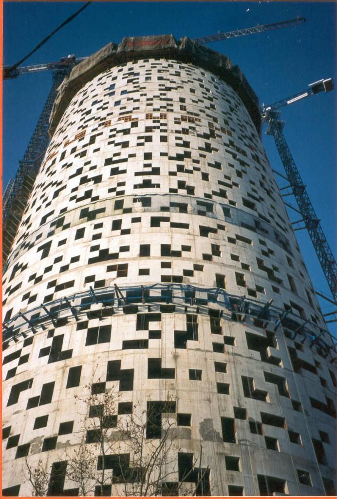 Títol: Aquest any poliminos fins a la construcció Autor: Categoria: Profesorat (2n premi) Any: 2003 Centre: IES J. V. Foix