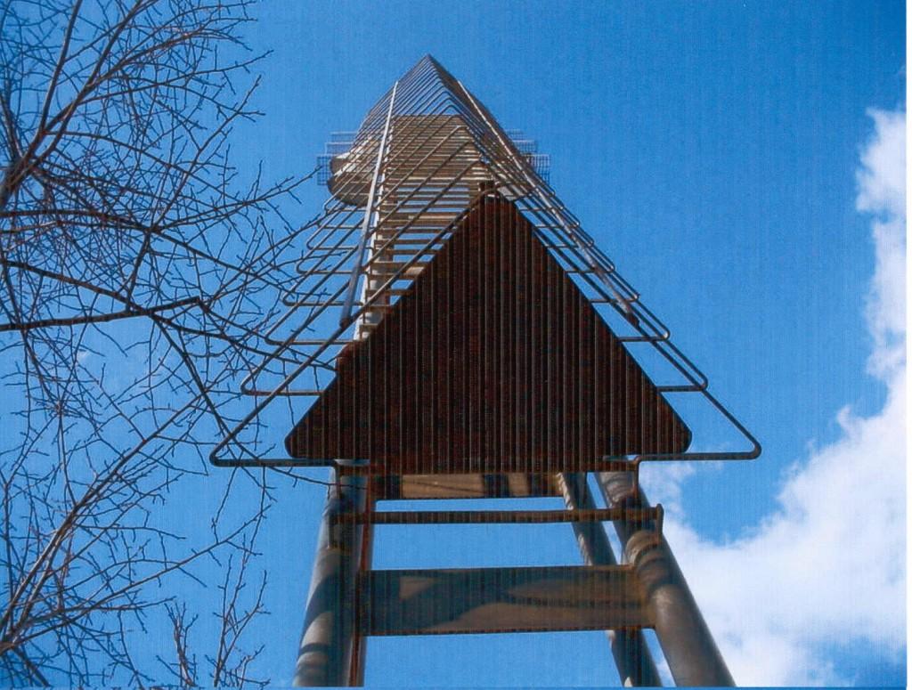 Títol: Successió de triangles al cel Autor: Xavier Tomàs Categoria: Professorat (accèssit) Any: 2003 Centre: IES Antoni Cumella