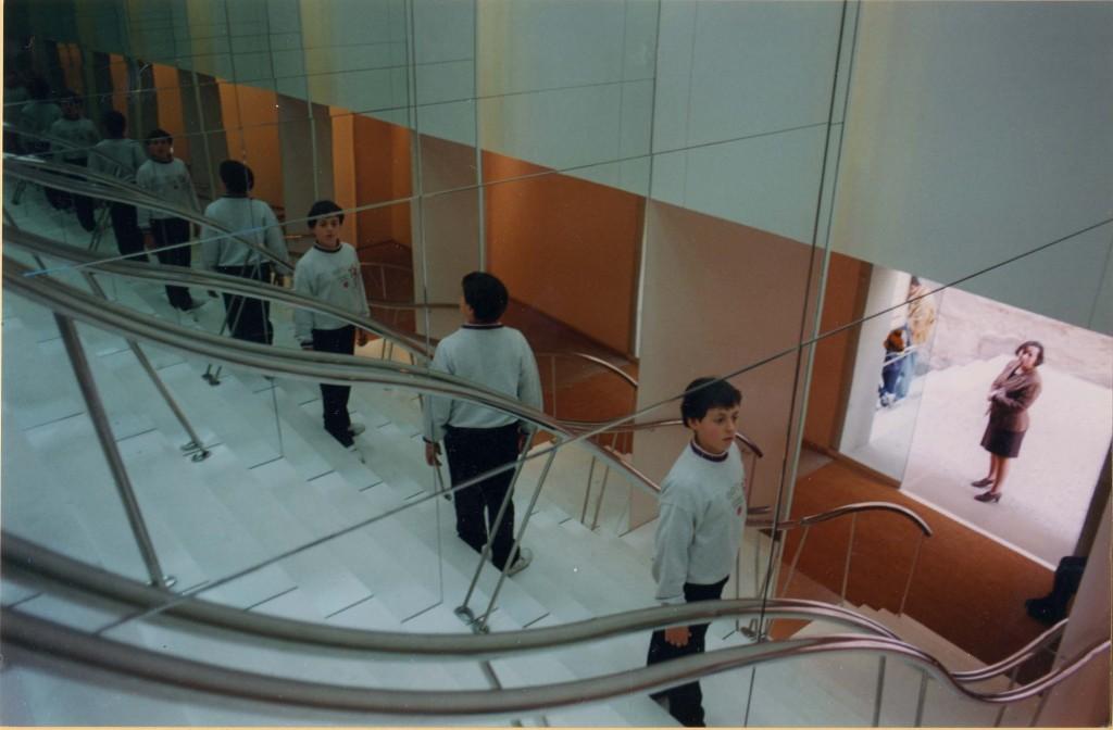 Títol: Els miralls de l'infinit Autor: Categoria: 2n Cicle ESO (1r premi) Any: 2001 Centre: IES Antoni Cumella (Granollers)