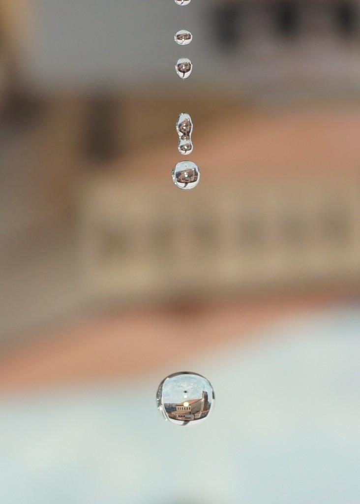 Títol: H2o + 9,81 = Olesa de Montserrat Autor: Oriol Povill Categoria: Batxillerat i ESPO Any: 2015 (2n premi) Centre: Institut Creu Saba (Olesa de Montserrat)