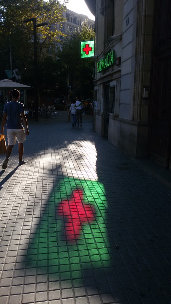 Títol: (Més) Homotècia Autor: Josep Obiols Illa Categoria: Professorat Any: 2015 (accèssit) Centre: Institut Consell de Cent (Barcelona)