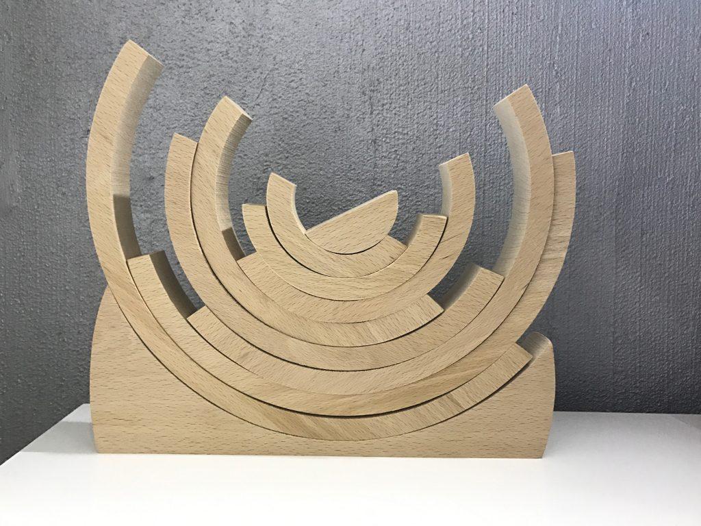 Títol: Semicercles Autor: Noa Morell-Lluís Categoria: 6è de Primària Any: 2017 (2n premi) Centre: Col·legi Pompeu Fabra - La Bressola (El Soler, França)